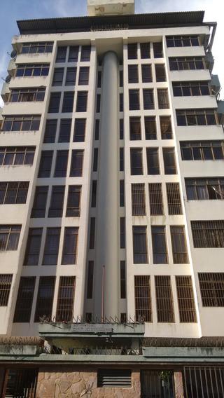 En Alquiler Amplio Y Bello Apartamento En El Añil
