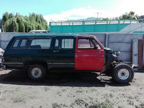 Chevrolet Suburban Sle 1980 Version Sle