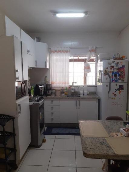Sobrado Com 2 Dormitórios À Venda, 69 M² Por R$ 199.000,00 - Forquilhas - São José/sc - So0664