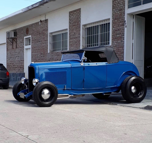 Ford 1932 Roadster