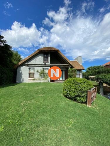Casa Tipo Cabaña  En Venta Y Alquiler- Ref: 217741