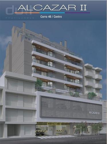 Dpto Centro De 2 Dormitorios, Dos Baños Completos, Y Terraza De 20m2