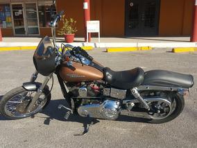 Dyna Wide Glide 06 Harley Davidson :: Custom Chopper