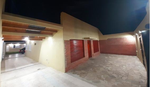 Casa 5 Ambientes + Departamento
