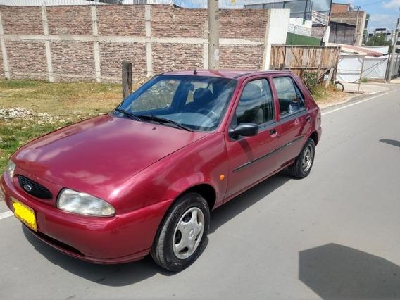 Vendo Ford Fiesta 98 Excelente Estado