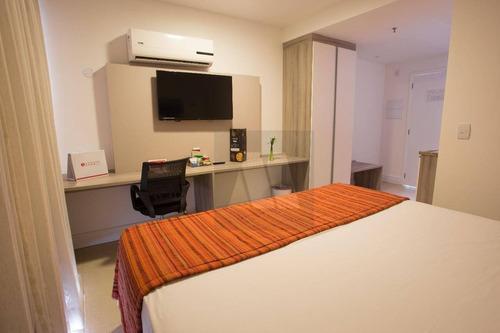 Imagem 1 de 18 de Flat Com 1 Dormitório À Venda, 28 M² Por R$ 130.000,00 - Imbetiba - Macaé/rj - Fl0005