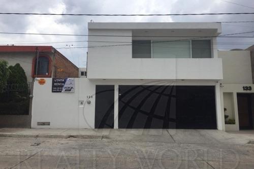 Casas En Venta En Lomas A Sección, San Luis Potosí