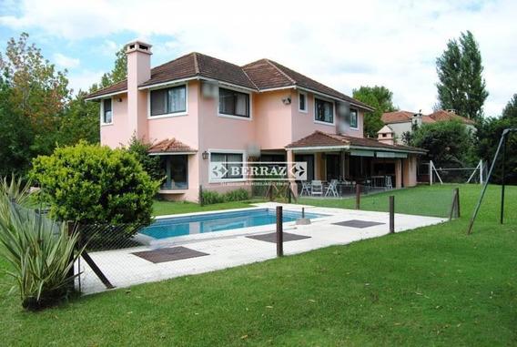 Casa En Venta, Ayres De Pilar