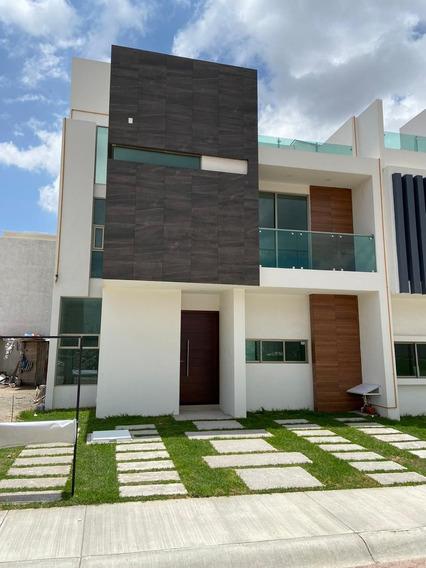 Casa De 3 Recamaras, Equipada, Con Roof Garden