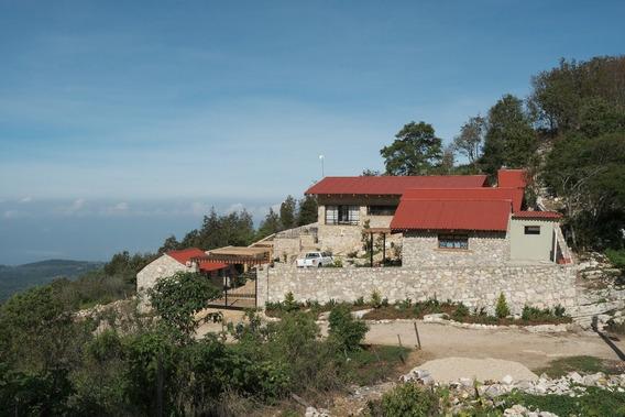 Casa En Venta A 20 Min. De San Cristobal, Por Carretera Zacualpa