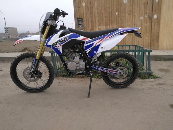 Moto Marca Bossuer Cc150