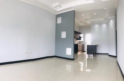 Venta De Casa En Condominio, Cartago A 4 Min Autopista Inter