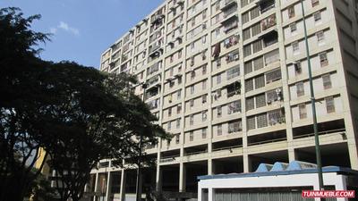 Apartamento En Venta Pérez Bonalde