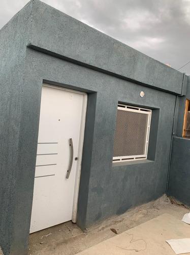 Casa 2 Dorm Nueva B° Las Lilas