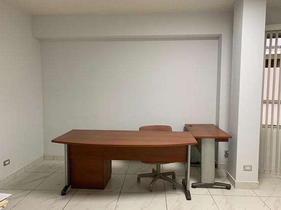 Coworking Space En Centro Financiero San Isidro Desde $100