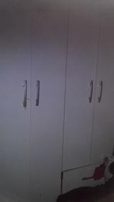 Vendo Guarda Roupa Semi Novo Branco 4 Portas E 2 Gavetas