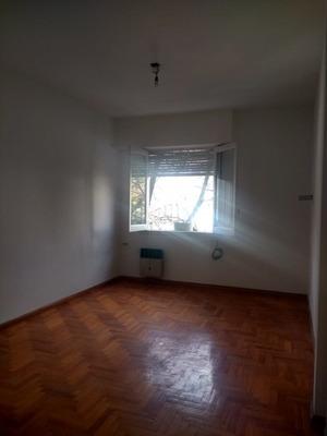 Alquiler Temporario 3 Ambientes, Montañeses Y Mendoza, Belgrano