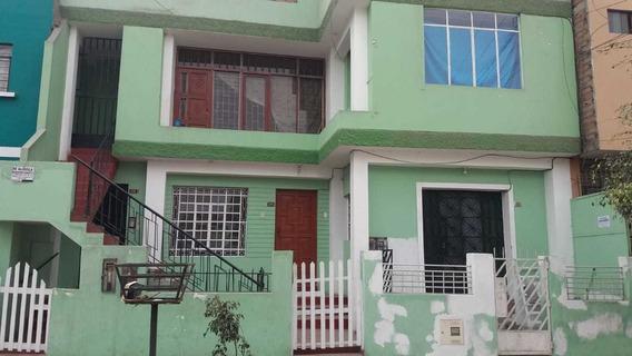Casa En Primer Piso 3 Dormitorios, Comas