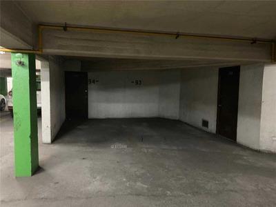 Estac. + Bodega / Metro Los Leones