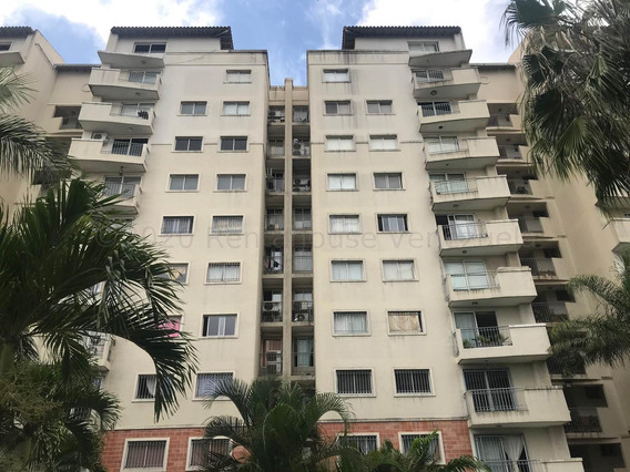 Apartamento En Venta En Oeste De Barquisimeto #21-2192