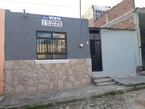 Casa En Venta Col. Los Puestos, Tlaquepaque, Jal.