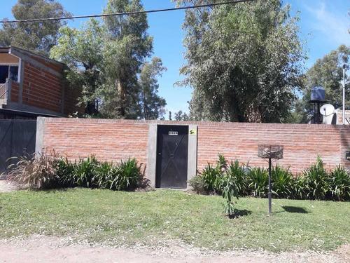 Casa En Barrio La Arbolada Longchamps 3 Ambientes Gran Lote