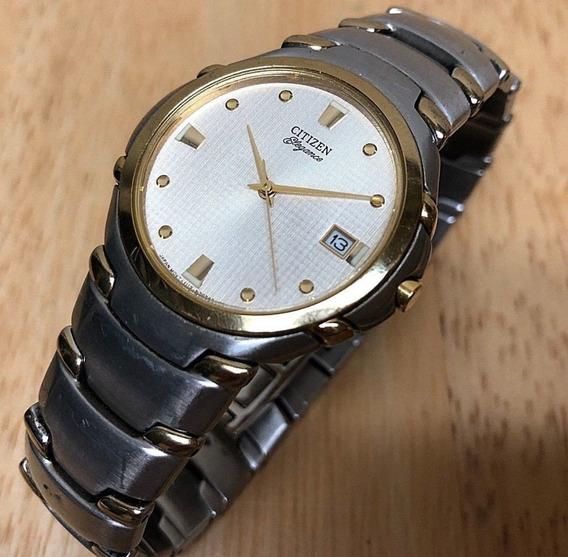 Relógio Citizen Elegance Signature Com Detalhes Em Ouro