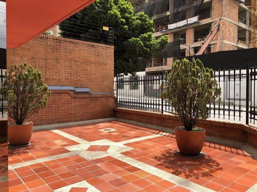 Apartaestudio En Arriendo Chicó Reservado 503-4873