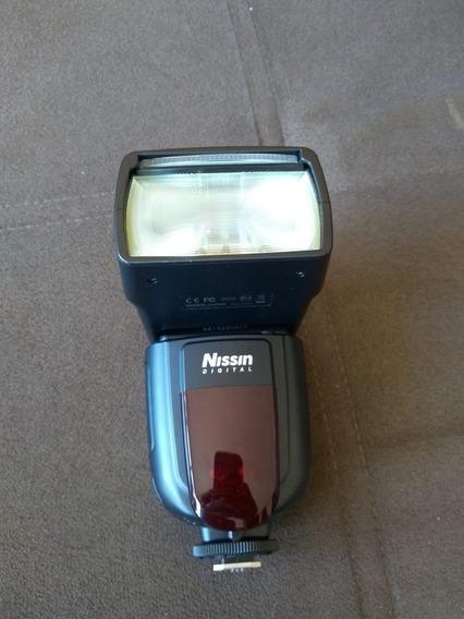 Flash Nissin Di700a