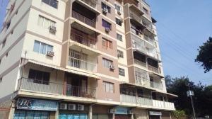 Apartamento En Venta En Centro Valencia 19-7844 Valgo