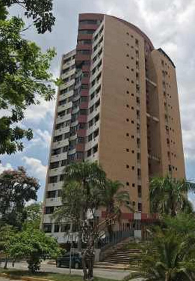 Apartamento De 3 Habitaciones Y 3 Baños Urb El Parral