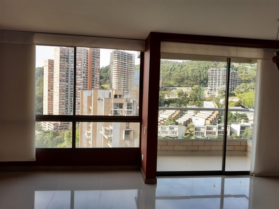 Apartamento En Arriendo Altos Del Poblado 473-7186