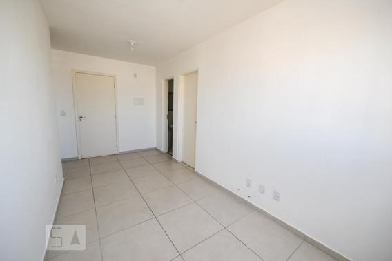 Apartamento No 3º Andar Com 1 Dormitório E 1 Garagem - Id: 892971031 - 271031