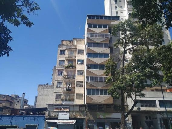 Apartamento En Venta Parroquia San José. Código:20-6948 Ag