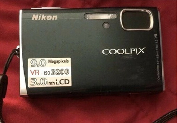 Nikon Coolpix S 52 Tampa Da Bateria Quebrada Sem Acessórios