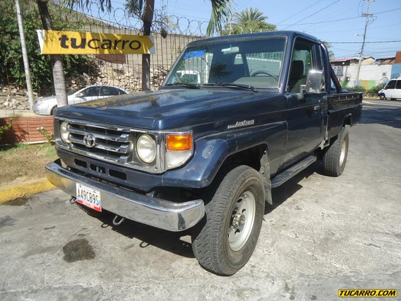 Toyota Macho Pick-up Lx Hembra