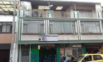 Venta De Casa En Barrio El Restrepo. (negociable)