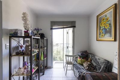 Apartamento No 5º Andar Mobiliado Com 2 Dormitórios E 1 Garagem - Id: 892927530 - 227530