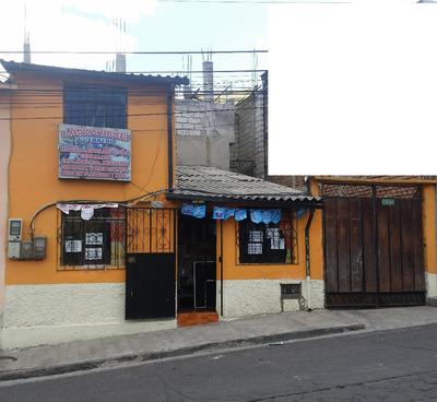 Vendo De Oportunidad Casa En Calle Principal Barrio Mena Dos