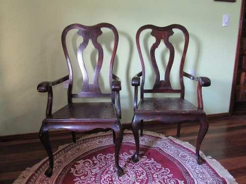 Mesa Jacarandá Com 8 Cadeiras Em Couro Estilo Queen Anne