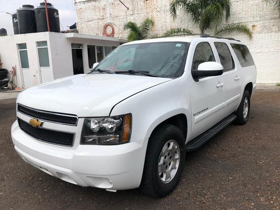 Chevrolet Suburban Ls Tela, 9 Pasajeros Excelentes Cond.!!!