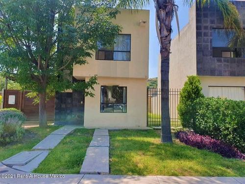 Casa En Renta En Sonterra, Queretaro, Rah-mx-21-3803