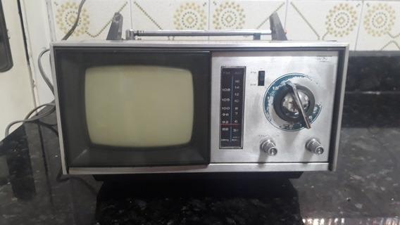 Tv E Rádio Portátil Crown