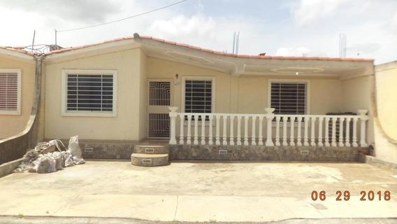 Casas En Venta En Hacienda Yucatan Barquisimeto, Lara Rahco