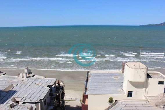 Quadra Do Mar Em Meia Praia - 842