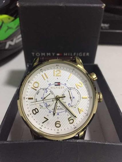 Relógio Tommy Hilfiger Série Ouro