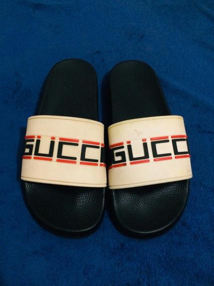 Chinelo Da Gucci