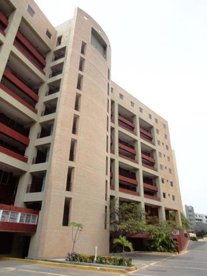 Apartamento En Venta En Isla Marina Pb