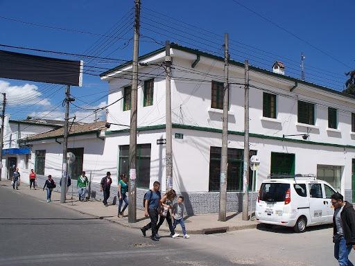 Locales En Arriendo Fontibon Centro 469-6143