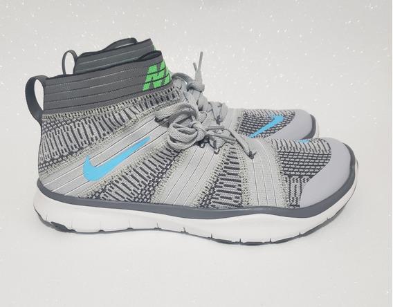 Tênis Nike Free Train Virtue Cinza